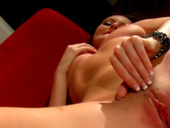 Spicy babe with nice face is is masturbating so sexy