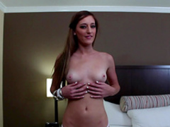 Casana shows her nice blowjob skills at the casting
