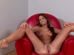 Kyla Fox is showing off her nice boobies