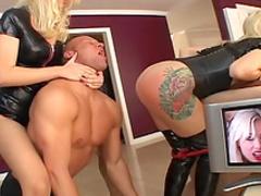 FFM fucking with blonde Annette Schwarz