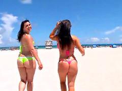 Boning big ass bikini girls