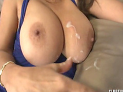 Horny milf is wanking a nice dick