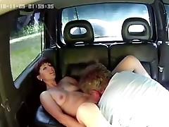 Cunillingus in car
