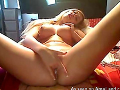 Fake]tit amateur is stretching her vagina on the webcam