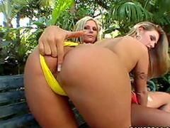 Sumptuous bikini blondes eager