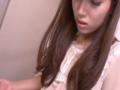 Asian chick Hinata Tachibana is wanking that dick