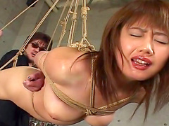 Slender Asian babe is fucking in her pussy