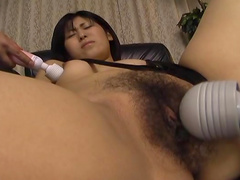 Hardcore brunette Ai Serizawa plays with nice toys