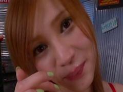 Japanese beauty Ameri Ichinose is getting facial
