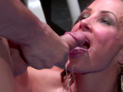 Cock-sucking brunette Lisa Ann is riding on the dick