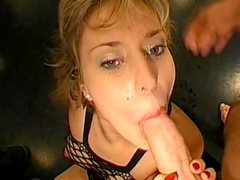 Carnal milf gets nailed hard and reaches multiple orgasms