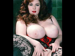 Big titty sluts show off