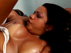 Lady Candy and Prince Yanshua are having dirty sex