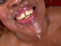 Fat ebony chick sucks a big dick dry in the kitchen