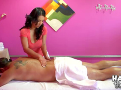 Good rubdown from masseuse makes him hard