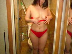 Asian pissing video in the bathroom