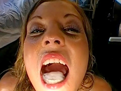 Dick-swallowing blonde love to feel cream in mouth