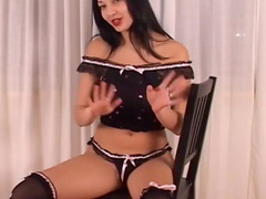 Capricious and horny Cumisha Jones is satisfying her kitty on the chair