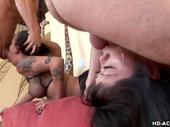 Kaiya Lynn and Regan Reece are fucking in their mouths