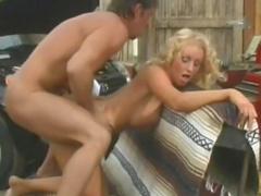Car mechanic fucking busty blonde milf in the garage
