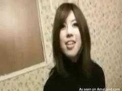 Japanese turtleneck girl pussy fingering