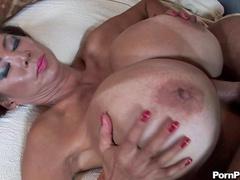 Big-titted babe Minka is making a nice titjob