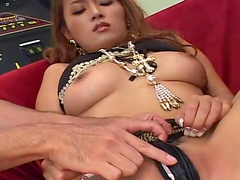 Asian babe Azusa Isshiki gets her puss filled with cream