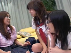 Teen Hirakawa Koyuki and her slutty sisters