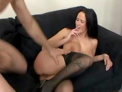 Curvy porn slut Carmella Bing