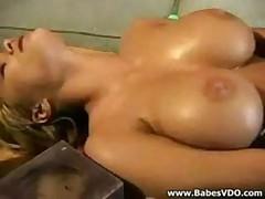 Georgeous Shyla Masturbating
