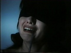 shannen doherty blindfold