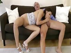 Amateur euro brunette hottie sucks cock