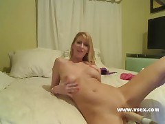 Addison O Riley live fucking machine cam