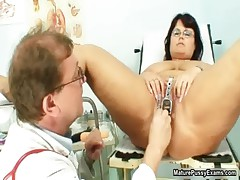 Horny doctor fucks a BBW mom her tight