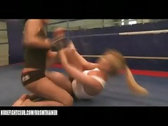 Lucy Belle VS Donna Bell