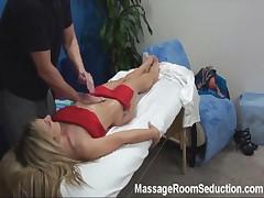 Amateur fucked in massage room