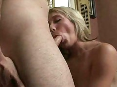 Amateur blonde with tattoo having sex