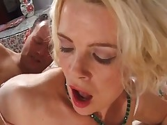 Milf fuck on an awful bed
