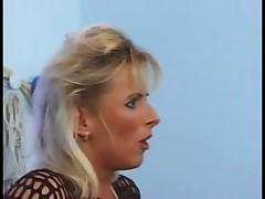 Blonde milf love massage