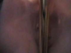 Milf show her masturbating skill