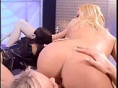 Crazy lesbian orgy