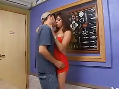 LATINA LADYBOY RIDING GUY