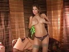 Really sexy cameltoe babe masturbation