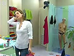 Big Brother Hot Blonde teen Girl Bathtub Shave Shower Nu