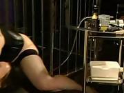 Lesbian bondage pump n fuck
