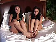 Cali Alexis and Lexi Lapetina foot fetish tease