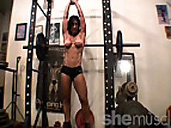 Hot Gym Muscle Workout