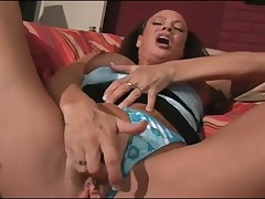 2 Hairy MILFS Finger Their Pussies